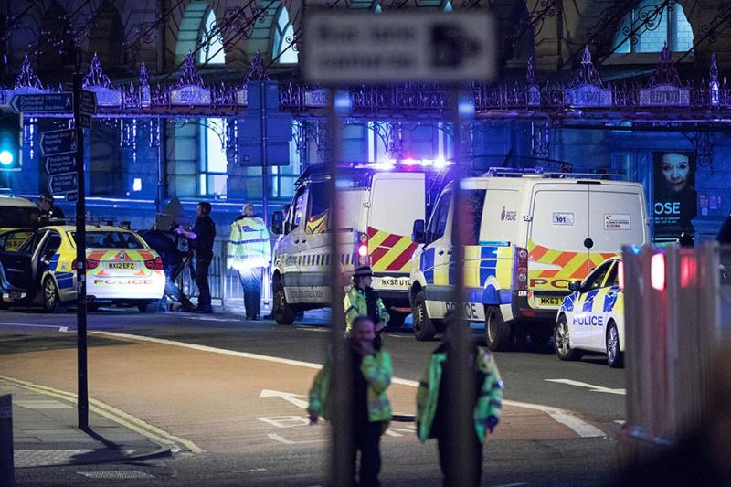 Милиция рассматривает произошедшее вМанчестере как теракт