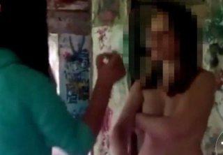 Над девушкой жестоко издеваются фото 706-336